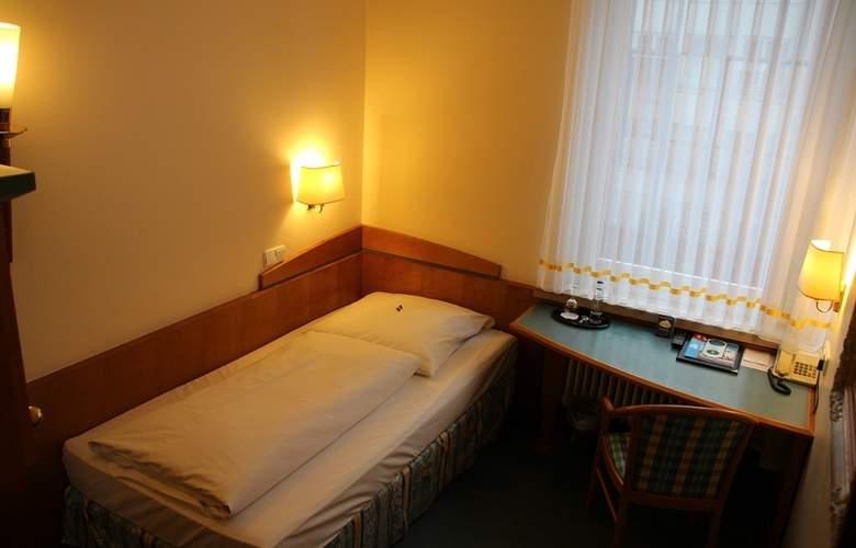 Daniel - Room - 0