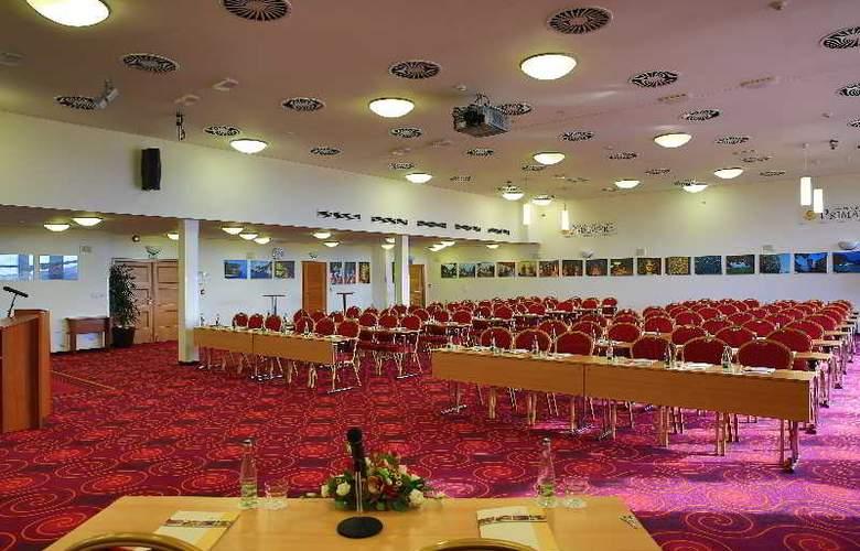 Primavera Hotel & Congress Centre - Conference - 17