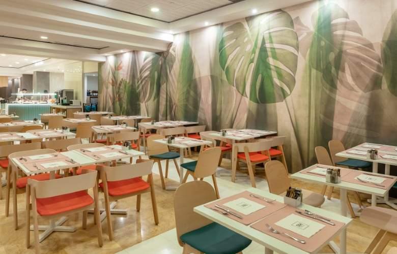RH Ifach - Restaurant - 19