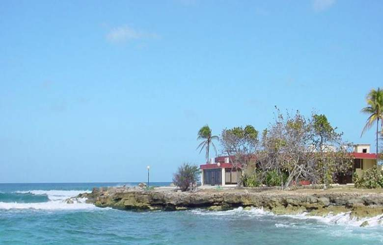Villa Bacuranao - Beach - 4