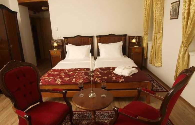 Puntijar - Room - 8
