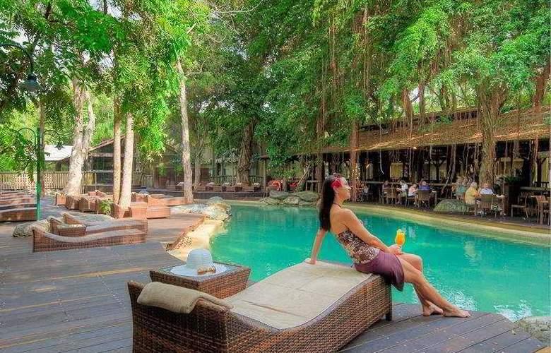Ramada Resort Port Douglas - Pool - 6