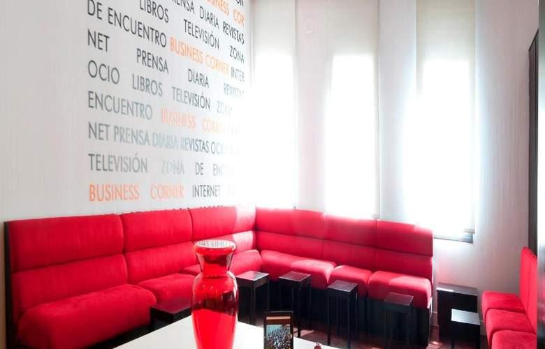 Exe Tres Cantos - Hotel - 15