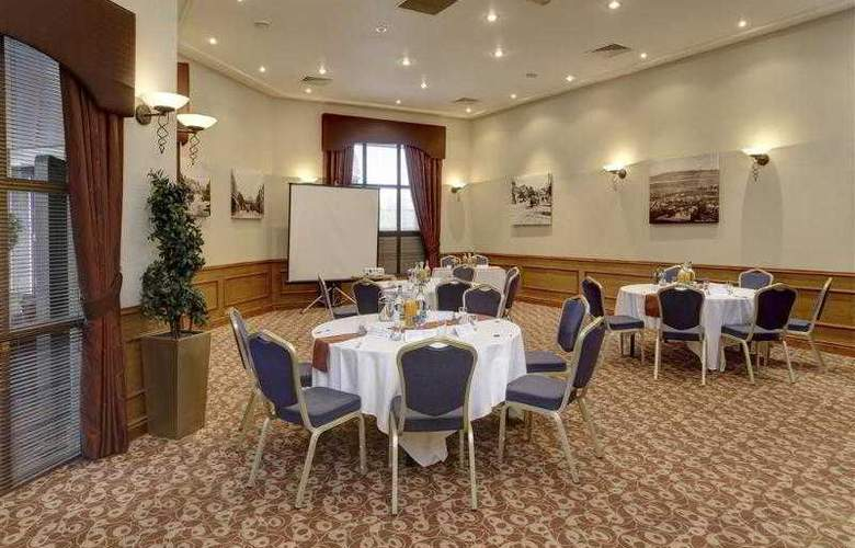 Best Western Forest Hills Hotel - Hotel - 259