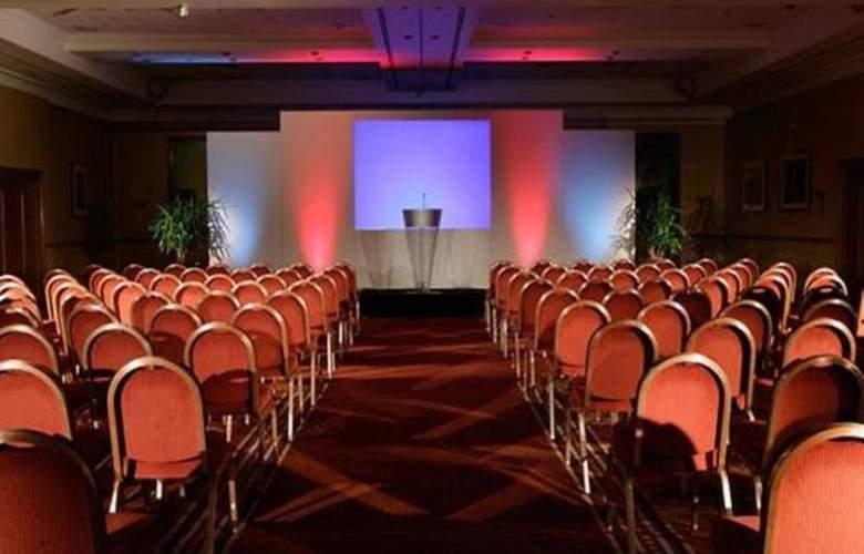 Swindon Marriott - Conference - 11