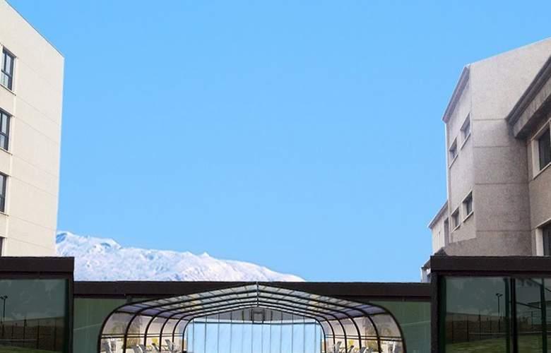 Sercotel Gran Luna de Granada - Hotel - 8