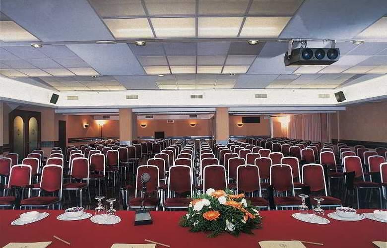 Continental E Dei Congressi Hotel - Conference - 7