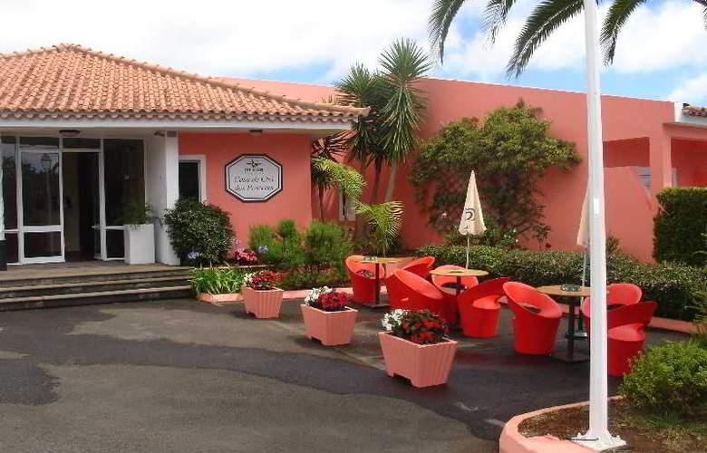 Inn & Art Casa de Chá dos Prazeres - Terrace - 4