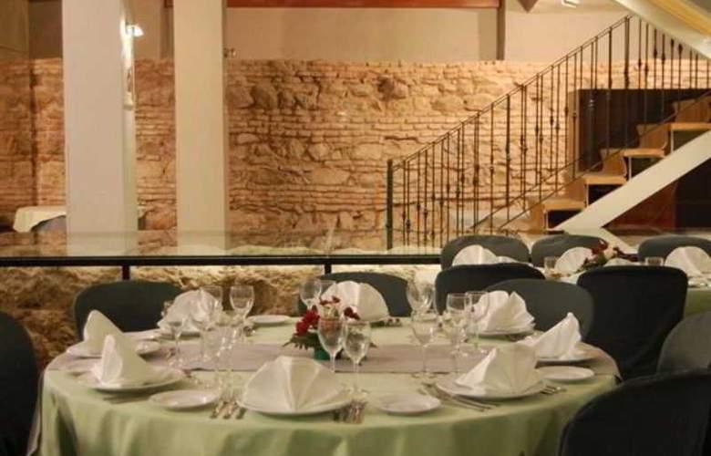 Tribuna Malagueña - Restaurant - 12