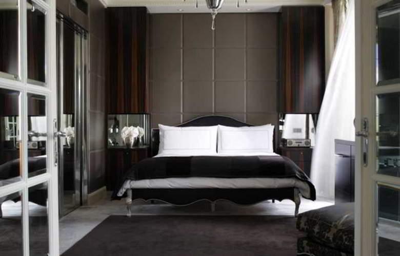 Hotel Four Seasons Des Bergues - Room - 2