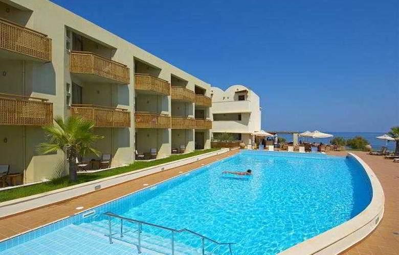 Santa Marina Plaza - Pool - 5