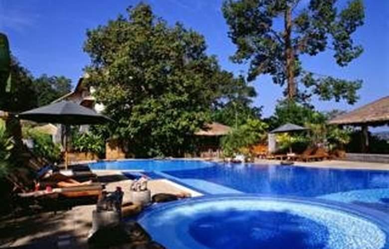 Tohsang Khongjiam Resort & Spa - Pool - 1