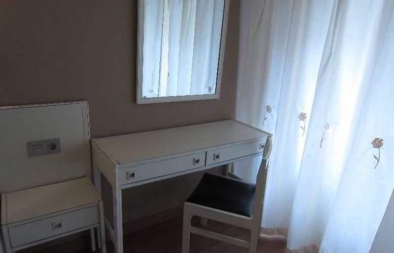 Acebos-Azabache Gijón - Room - 4
