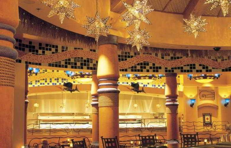 Santa Fe Station Hotel Casino - Bar - 4