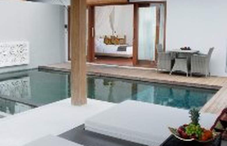 Water Edge Villa - Pool - 4