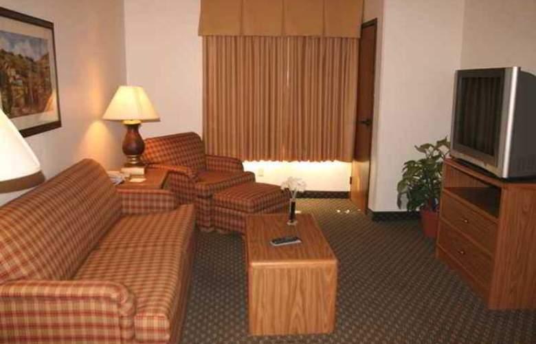 Hampton Inn & Suites Ft. Wayne-North - Hotel - 5