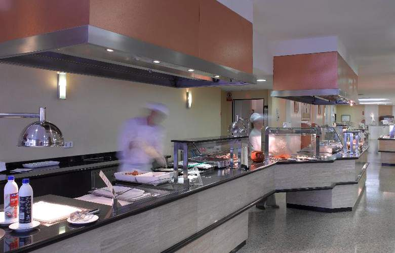 Fiesta Hotel Tanit - Restaurant - 25