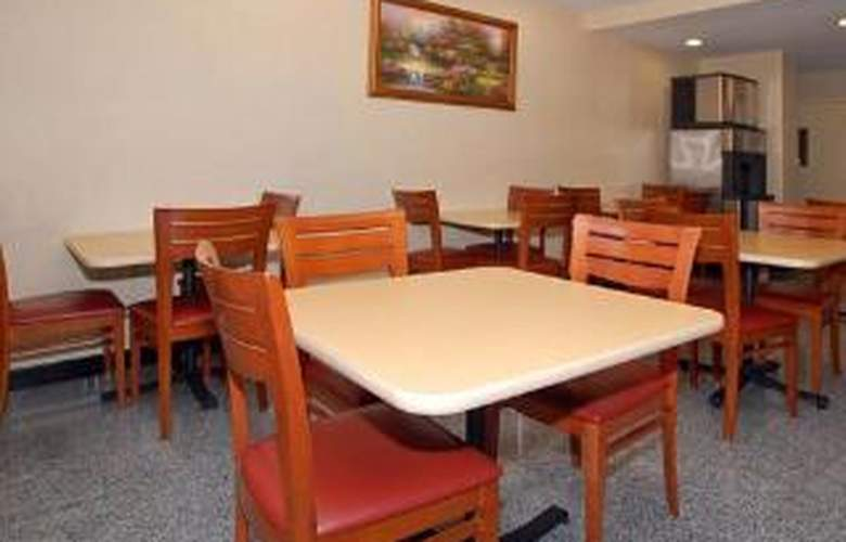 Comfort Inn JFK Airport - General - 2