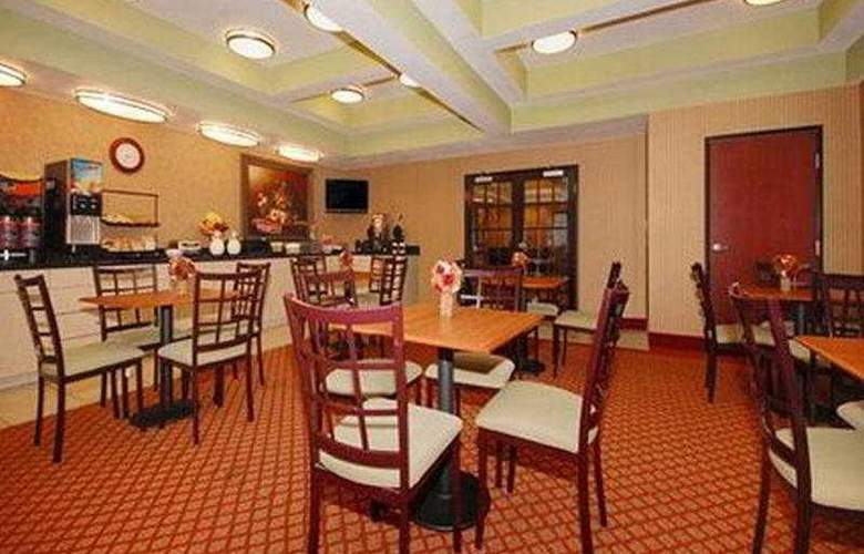 Comfort Suites NW Near Six Flags - Restaurant - 9