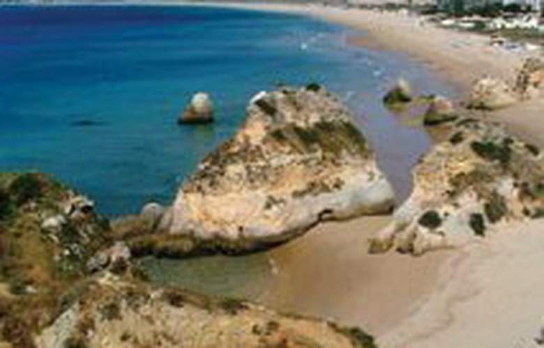 Clube Alvorferias - Beach - 0