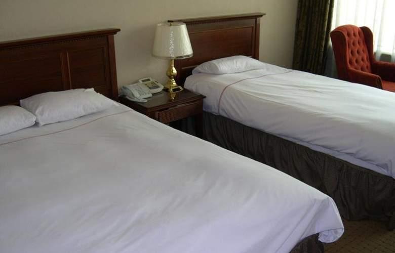 Ellui - Room - 5