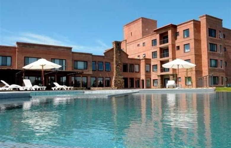 Regency Park Spa - Pool - 2