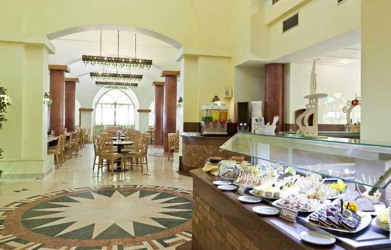 Three Corners Rihana Resort - Restaurant - 26