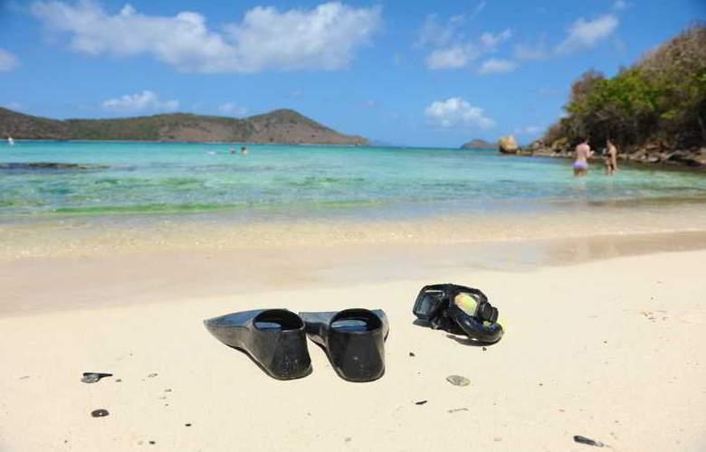 Sugar Bay Resort & Spa - Beach - 5