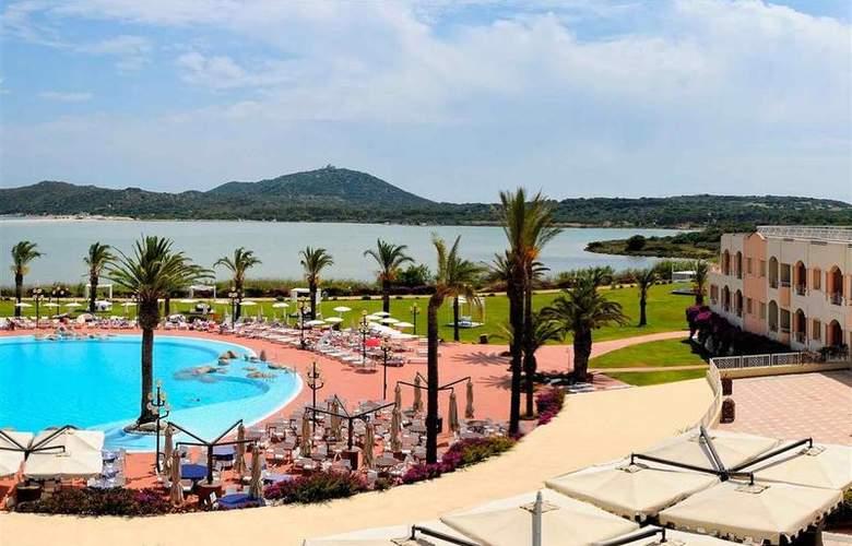 Pullman Timi Ama Sardegna - Hotel - 85