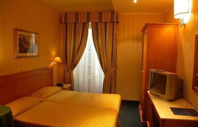 Quiriti - Room - 7