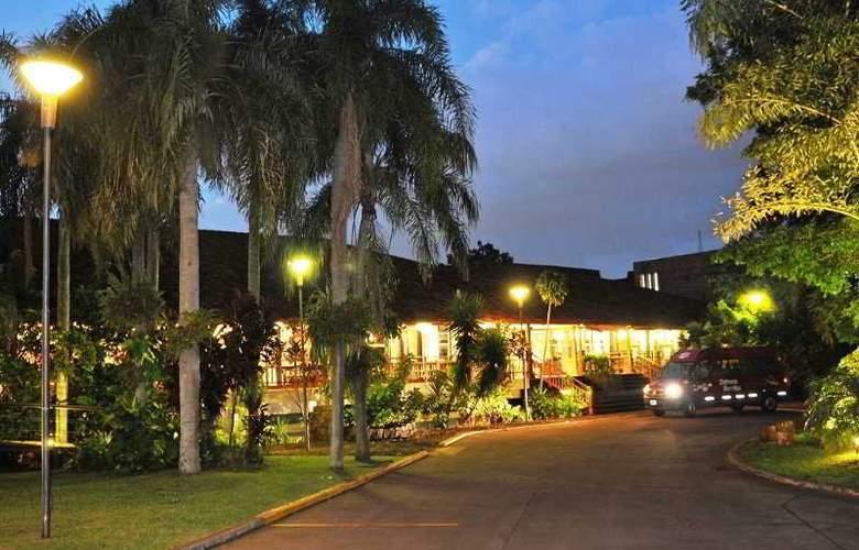 Raices Esturión - Hotel - 9