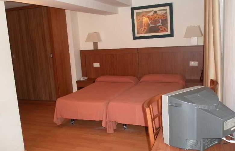 Mayna - Room - 2