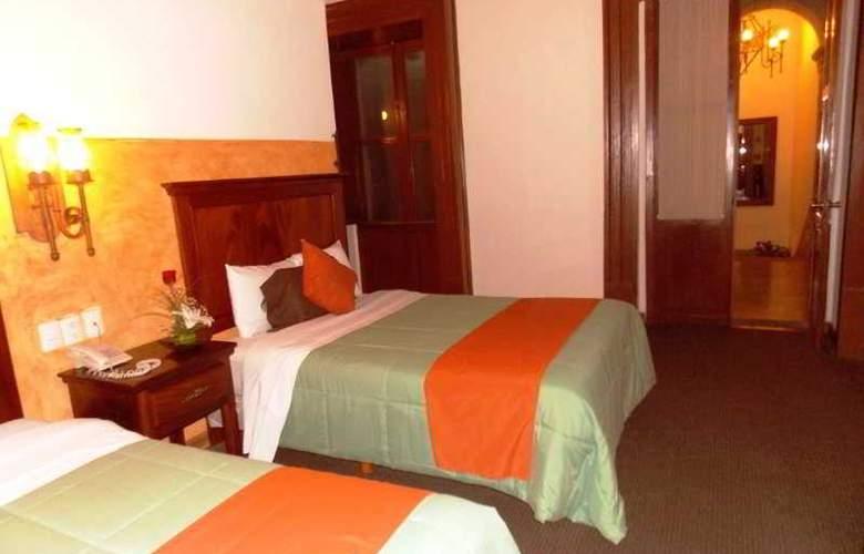Hotel Historia - Room - 1