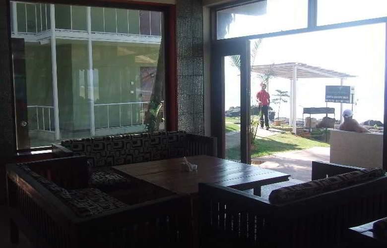 Rococco Ashvem - Restaurant - 11
