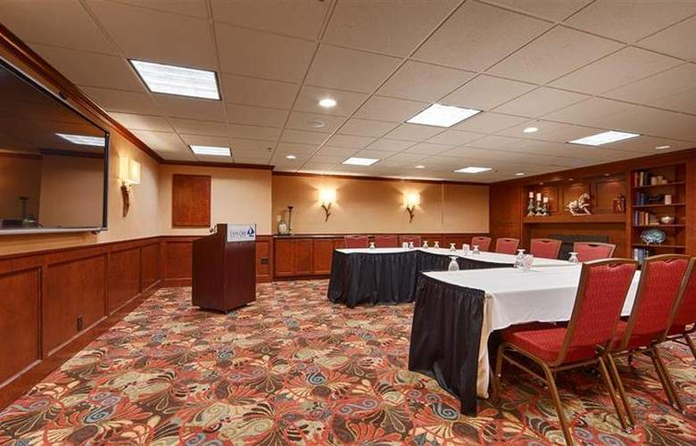 Best Western Plus White Bear Country Inn - Conference - 106