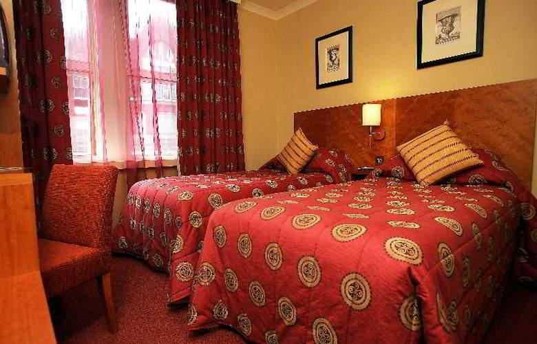 Blandford - Room - 5