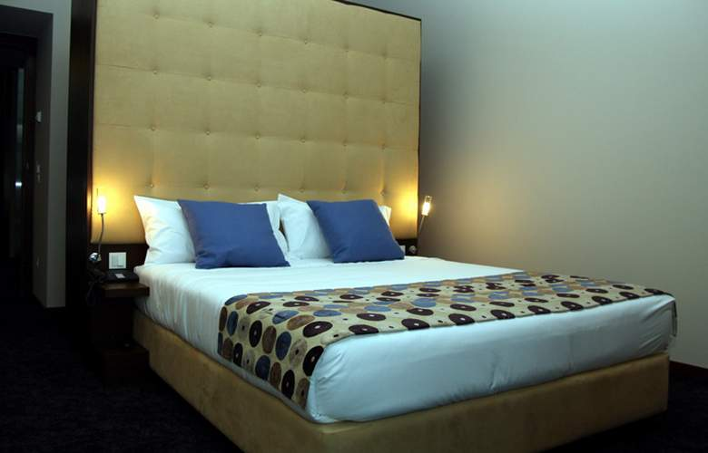 Douro Palace Resort Spa - Room - 11