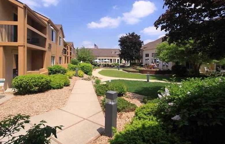 Courtyard Lansing - Hotel - 5