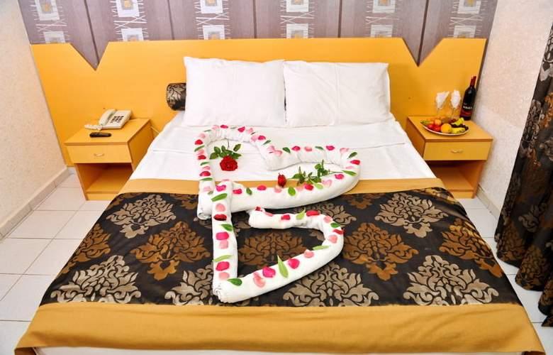 Grand Uysal - Room - 6