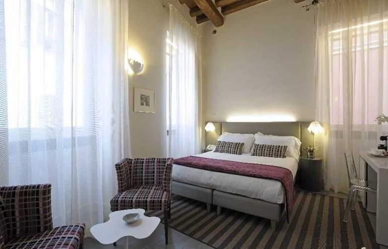 Trevi Palace Luxury Inn - Room - 2
