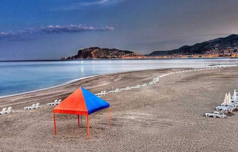 Maritim Club Alantur - Beach - 7