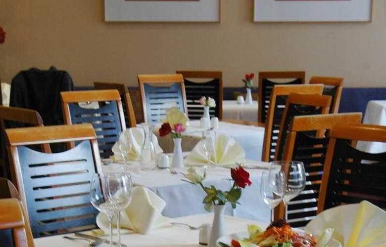 Appart Hotel Tassilo - Restaurant - 4