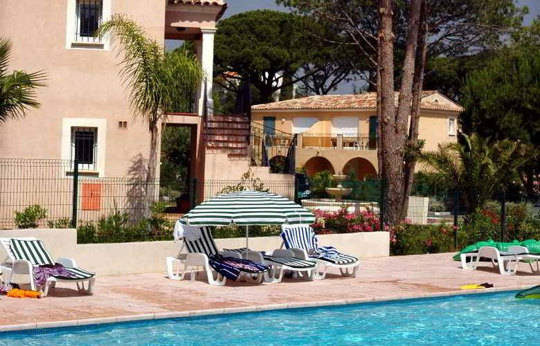 Residence La Clos Bonaventure - Pool - 3