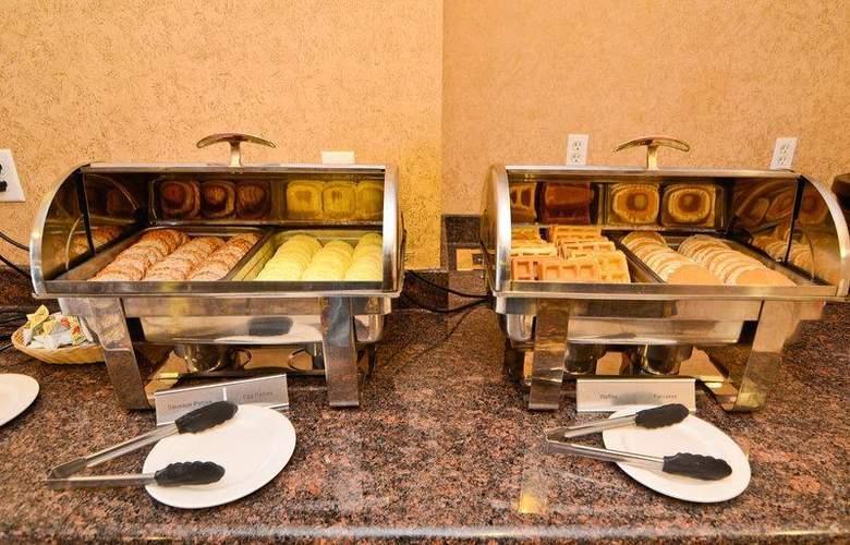 Best Western Plus Pocaterra Inn - Restaurant - 151