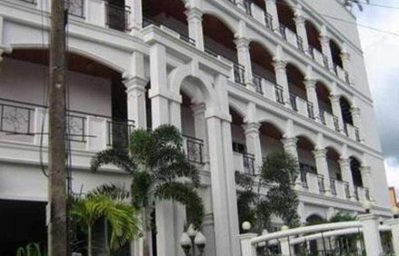 Orchid Kathu Heights - Hotel - 4