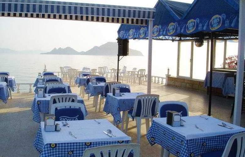 Sky Sea Gokdeniz Hotel - Terrace - 9