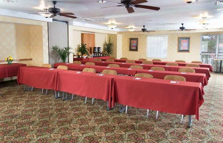 Hampton Inn & Suites Phoenix- Tempe -ASU - Conference - 3