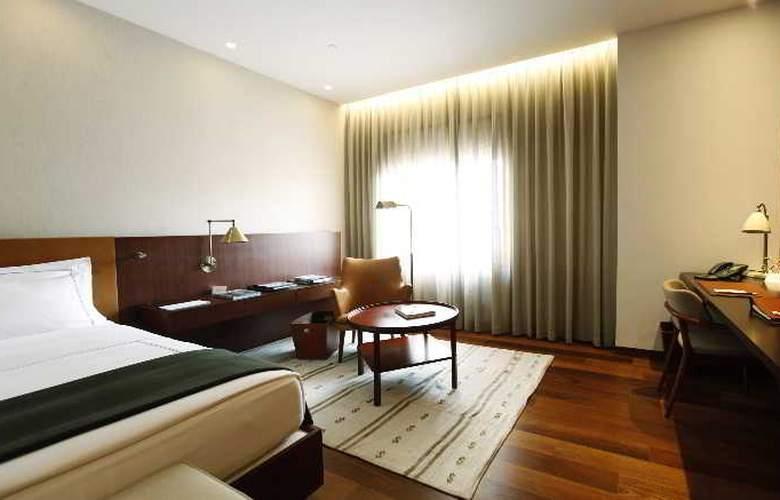 Square Nine Belgrade - Room - 13