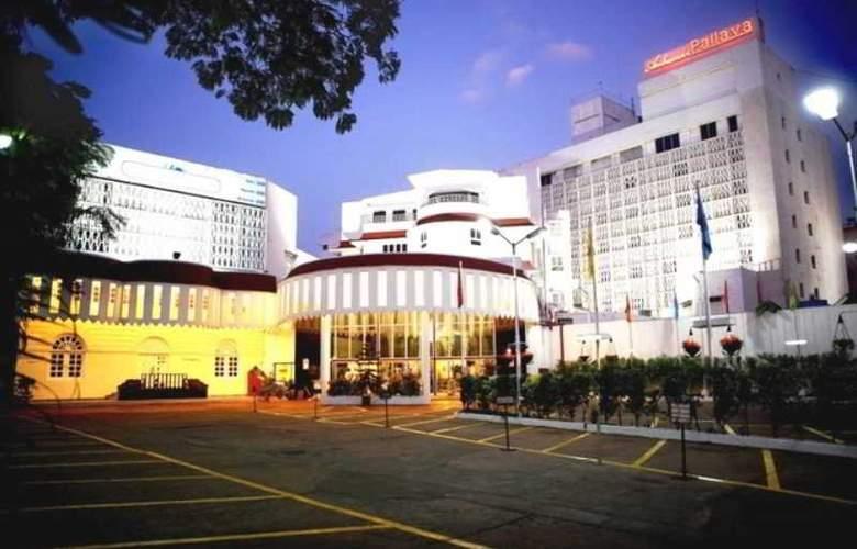 Ambassador Pallava - Hotel - 9
