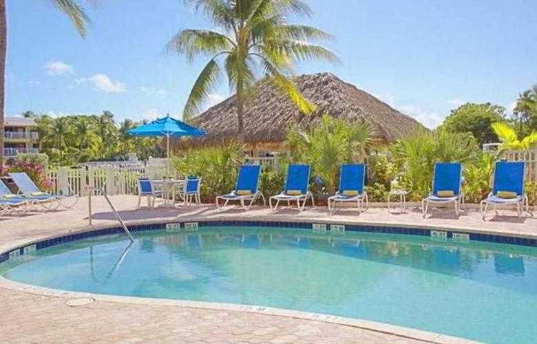 Courtyard by Marriott Key Largo - Pool - 22